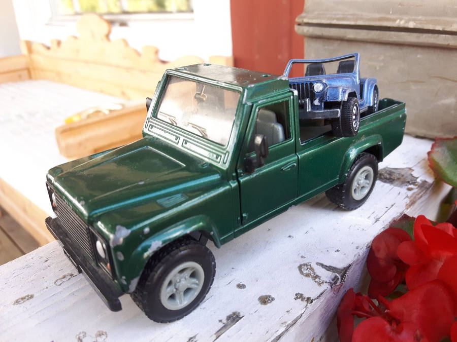 Land Rover Defender 110 Pick Up Modell Nr. 224 Der Land Rover Treff