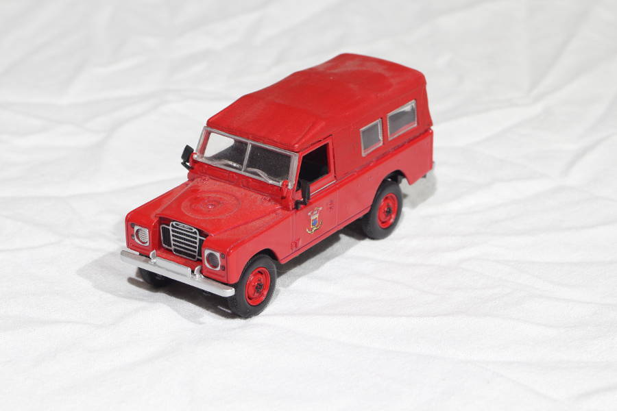 Model No. 275: Land-Rover Serie 3 109 - Der Land Rover Treff