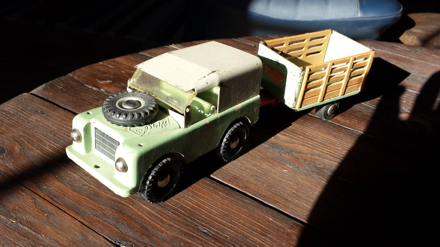 Model no. 302 Land-Rover Serie 3 88 - Der Land Rover Treff