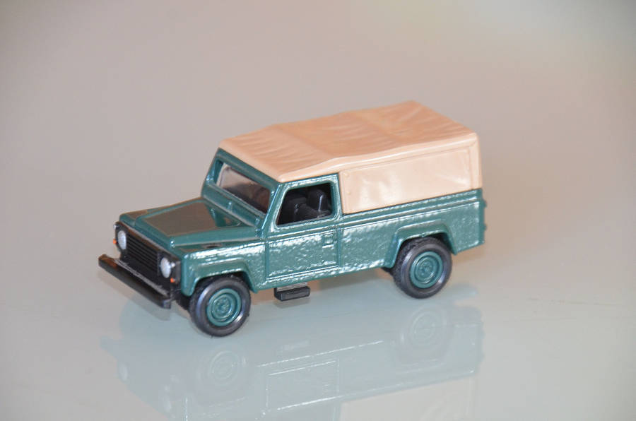 Model no. 314: Land Rover Defender 110 - Der Land Rover Treff