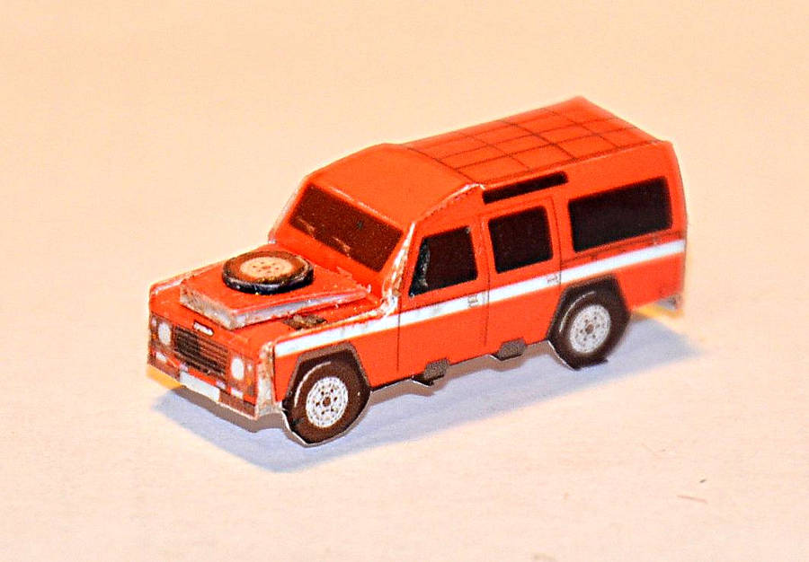 Model no. 320 Land Rover Defender 110 - Der Land Rover Treff
