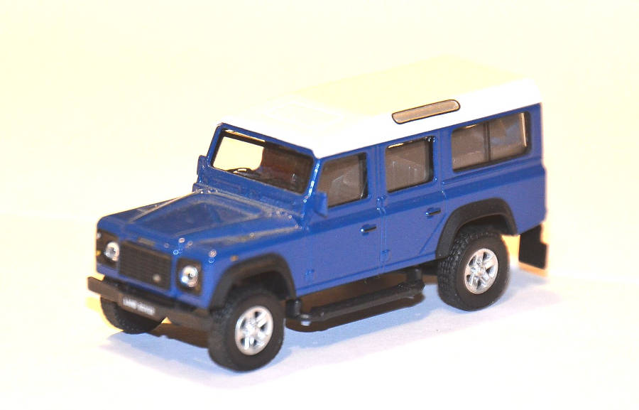 Model no. 329: Land Rover Defender 110 - Der Land Rover Treff