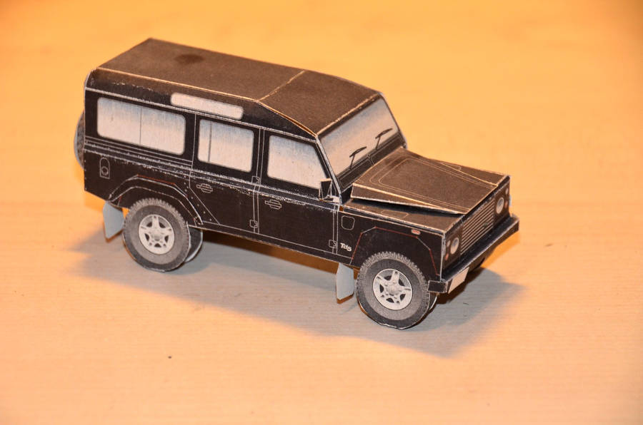 Model no. 358 Land Rover Defender 110 (24.12.2017) - Der Land Rover Treff