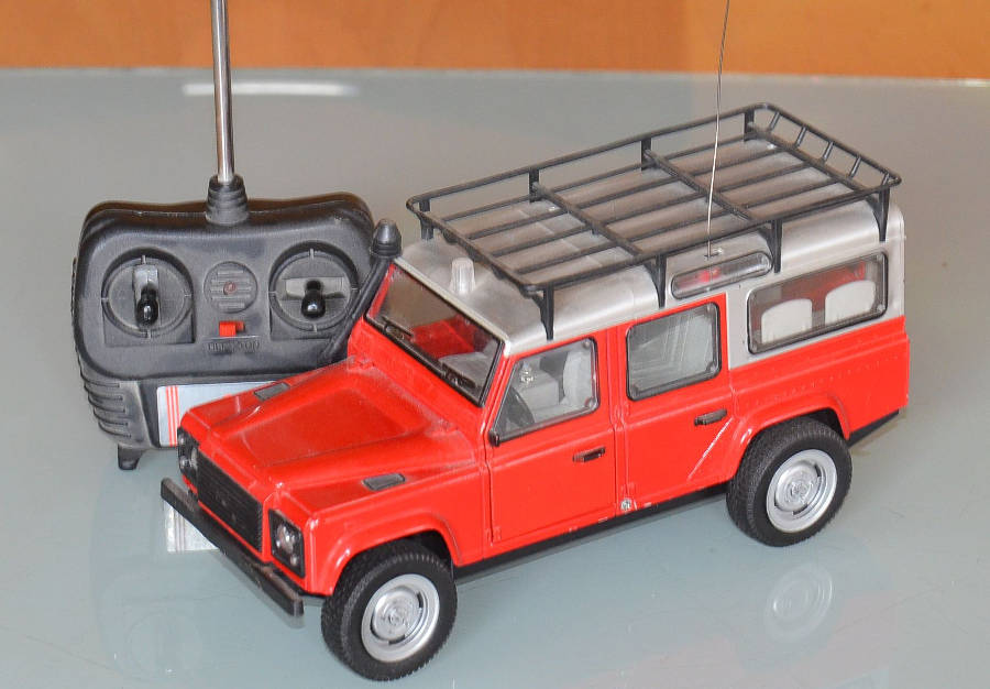 Model no. 360 Land Rover Defender 110 (26.12.2017) - Der Land Rover Treff