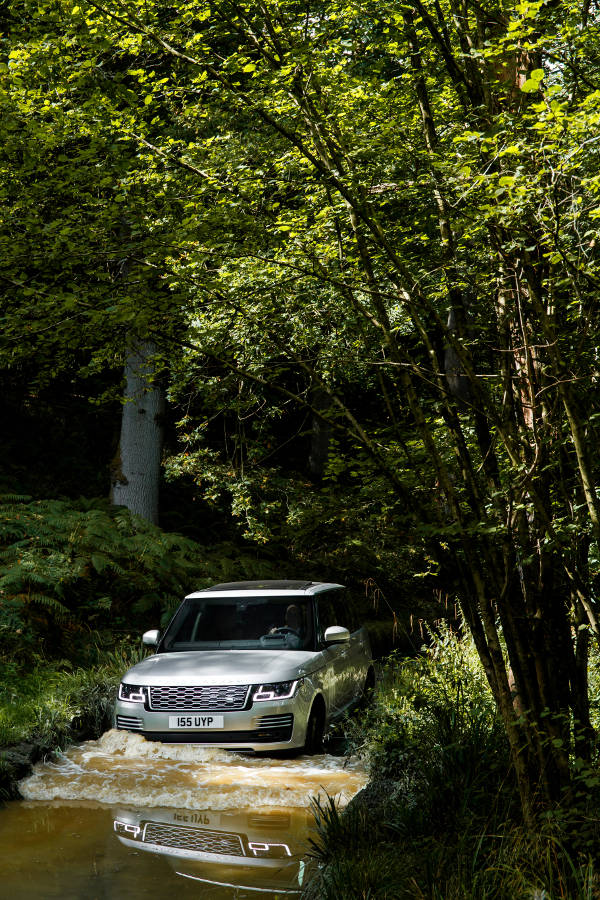 New Range Rover: Silent Luxury - Der Land Rover Treff